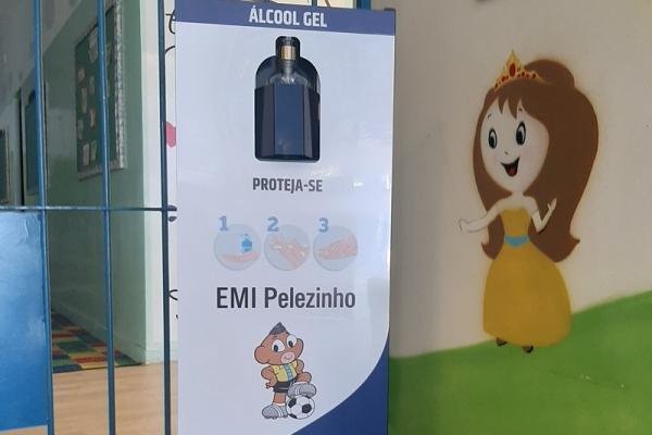 totem-para-alcool-em-gel-personalizado-totem-emi-pelezinhoFE6443A4-6628-61F0-4976-C944C652EC50.jpg