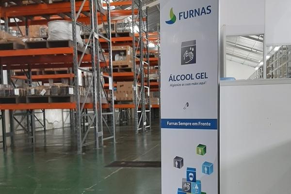 totem-para-alcool-em-gel-personalizado-totem-furnas8EBE5D6F-4D0D-6D95-D73B-91EC40423D7F.jpg